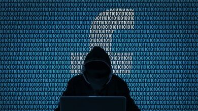 """صورة هجوم مرعب يضرب """"فيسبوك"""".. وكشف اختراق 100 ألف حساب"""