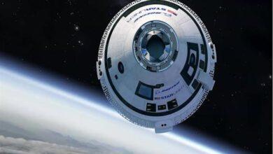 صورة هبوط مركبة فضائية على المريخ