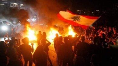 صورة 7 جرحى بحادث دهس متعمد لمحتجين يقطعون طريق الشويفات جنوب بيروت