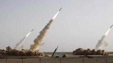 """صورة كتائب القسام تقصف قاعدة """"تل نوف"""" الجوية برشقة صاروخية"""